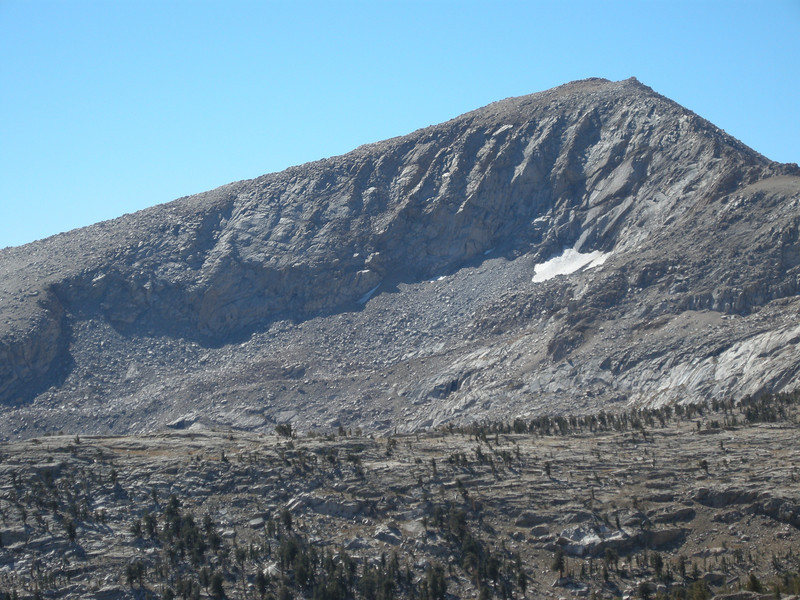 Zoomed-in view of the un-named peak, with remnant snowfield and likely rock glaciers nestled in the alcoves below it.