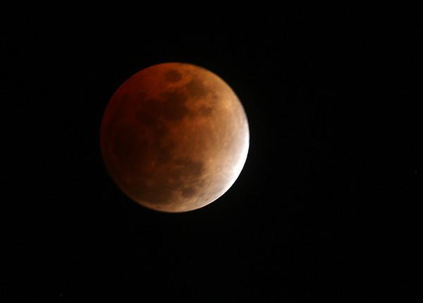 Lunar eclipse.<br /> Feb. 20, 2008