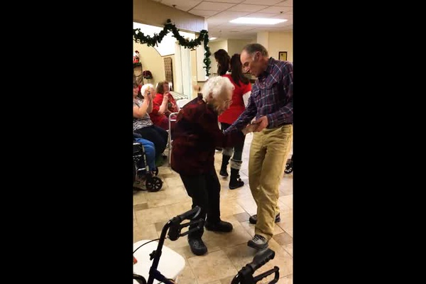 SHIRLEY_DANCING