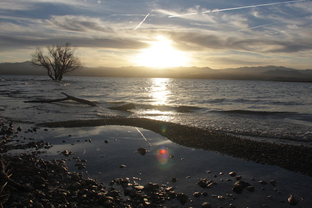 2012   Lake Mohave, Arizona