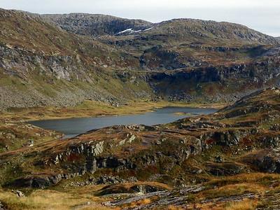 Utsikt mot Songrestølar og Songresvatnet.