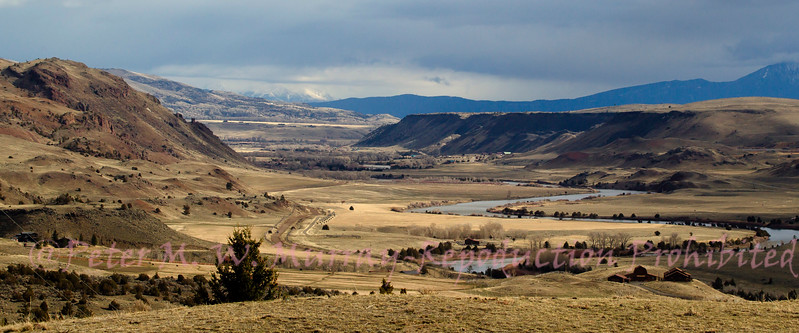 Yellowstone River above Hepburn Butte