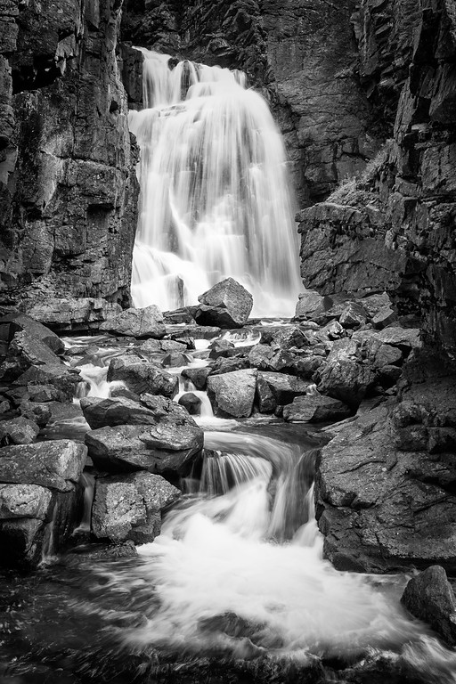 Beartooth Falls (B&W)
