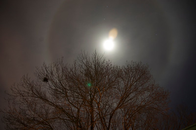 Ring around the Moon February 15, 2011.