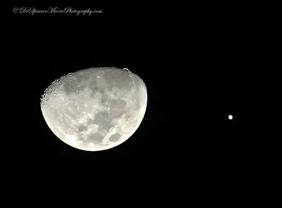 January 2013 waning moon and Jupiter very near in the evening sky.