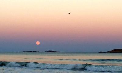 Hunter's Moon over Tinkers' Island