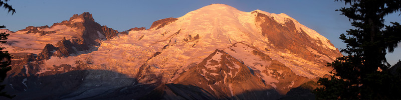 Mount Rainier 32 Panorama Sunrise E
