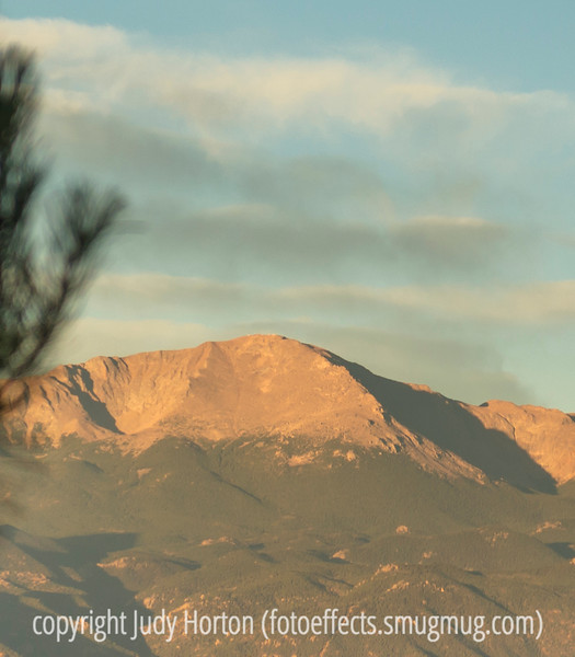 Pike's Peak Morning