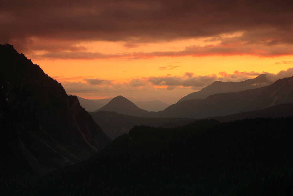 Sunset over the Tumtum peak.