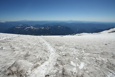 Going down the Muir Snowfield