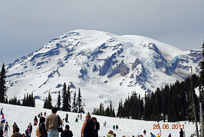 Mt. Ranier, Washington.  Snow and shorts!!!!
