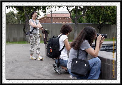 """Kelly checking out Heidi and Aimee, """"Hmmmmm, what the heck are they shooting?"""""""