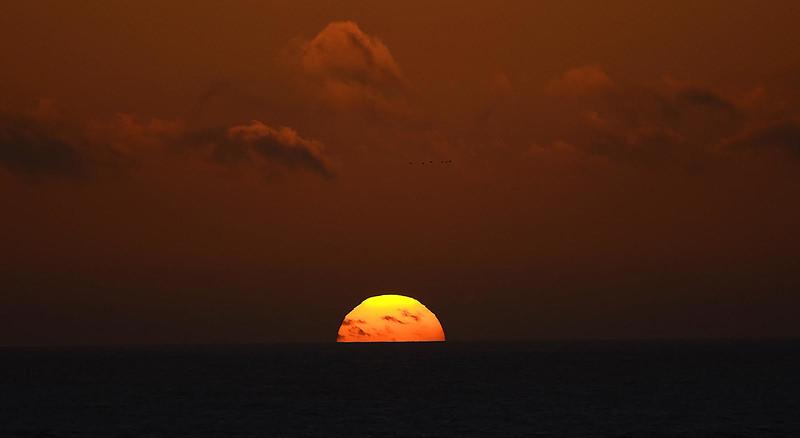 Dacha sunset 9-27-14, just before green flash (GAnderson)