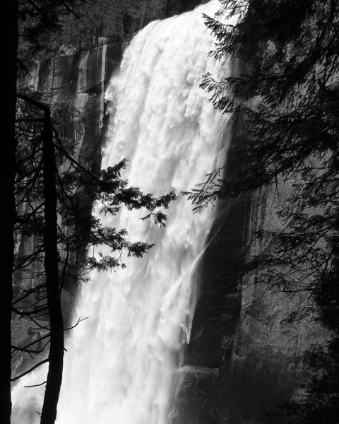 Vernal Falls at Yosemite National Park May of 2008; a very good spring for waterfalls.