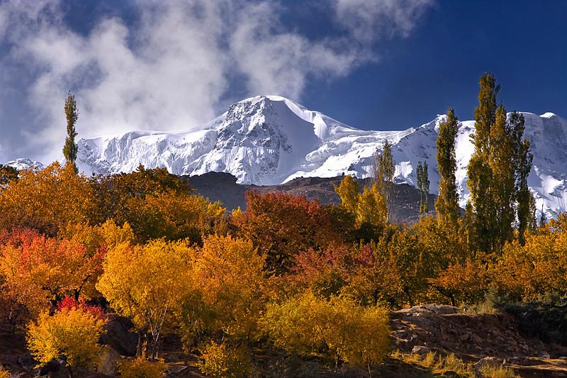 Hooper, Upper Hunza valley, North Pakistan.