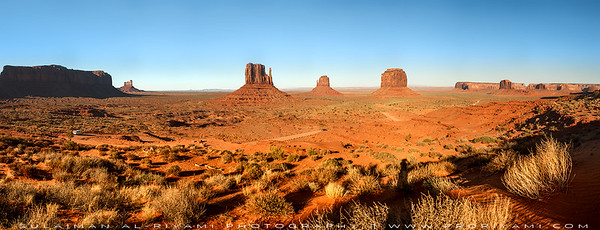 Panoramic perespective of the Monument Valley, Utah,  USA