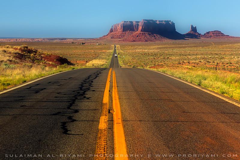 Road to Monument valley, Southwest desert (Utah), USA