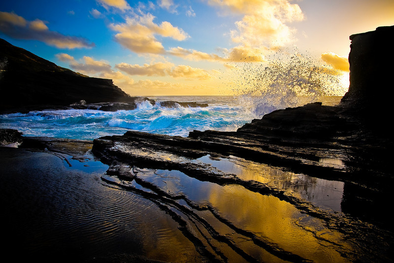 """Good Morning, Oahu - Splash"" - Oahu, Hawaii"