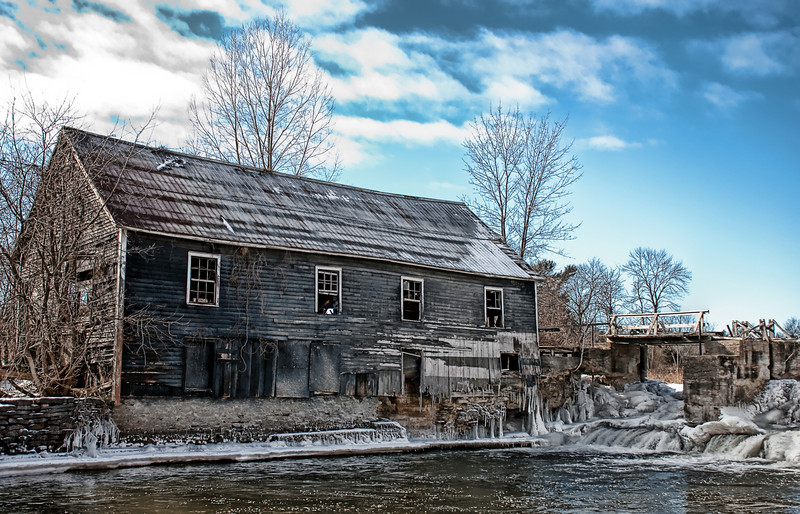 Stockdale Mill in need of repair.
