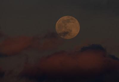 Full Moon Over Winthrop