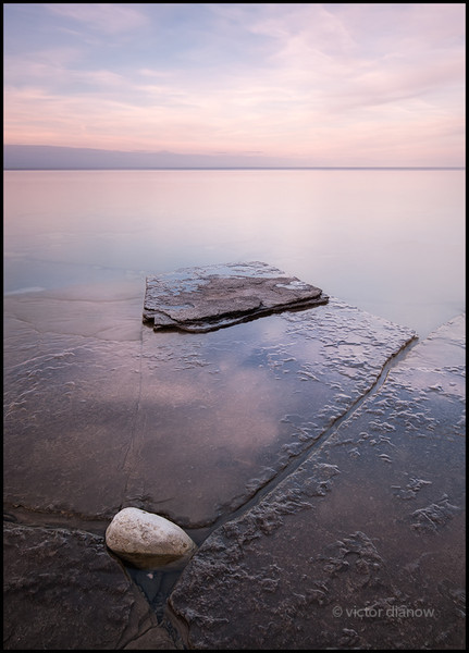 <h3>Cabot Head. Bruce Peninsula Ont.</h3> <h5>Canon 40D, Sigma 10-20 at 14mm,<br> Lee 0.3 hard grad, B+W 106 ND & Singh-Ray LBW polarizer 15.0s @ f/22.0.</h5>