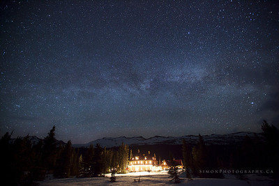 Num Ti Jah Lodge under the Milky Way