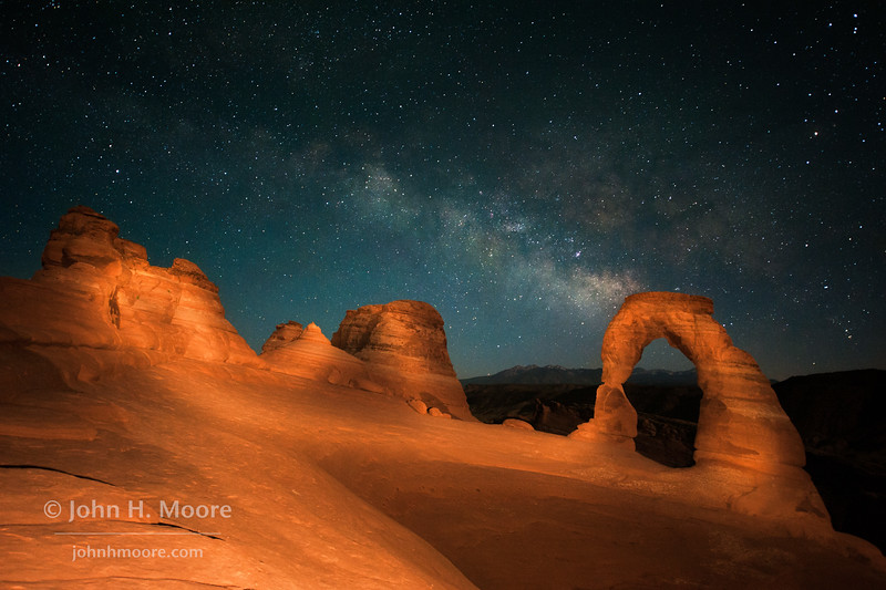Delicate Arch at night, with the Milky Way above