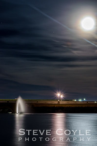 Fountain Moon