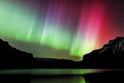 A Rainbow of Aurora Colours
