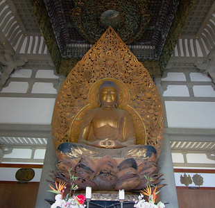 Buddha inside Byodo-in Temple