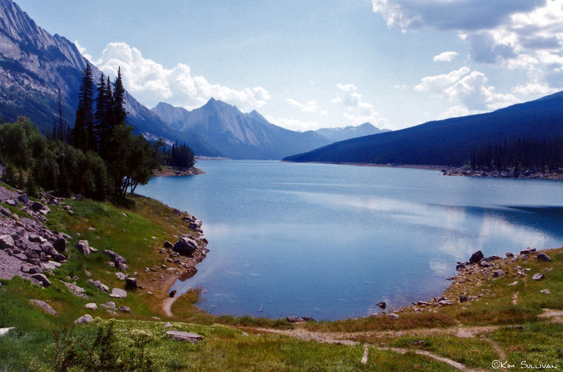Spirit Lake in Jasper National Park, Jasper, AB.