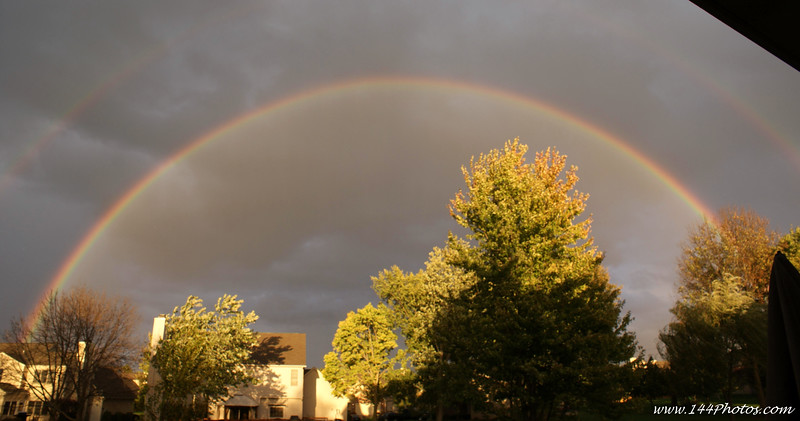 Full Double Rainbow, out the back yard