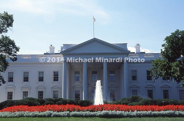 The White House in full bloom img074