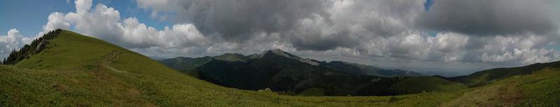 Panorama spre Varful Ciucas