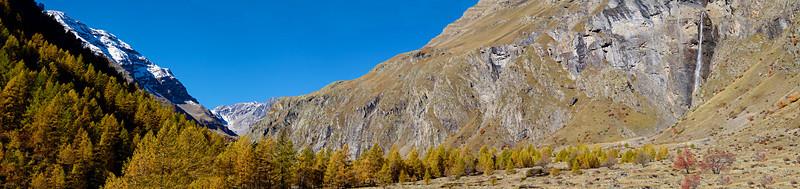 Vallée suspendue au dessus de Dormillouse.
