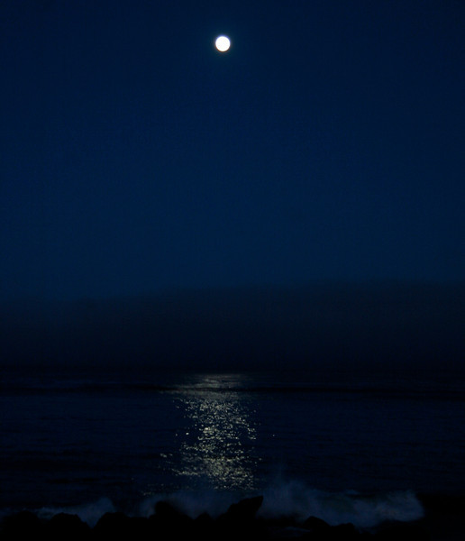 Full moon set at Cambria
