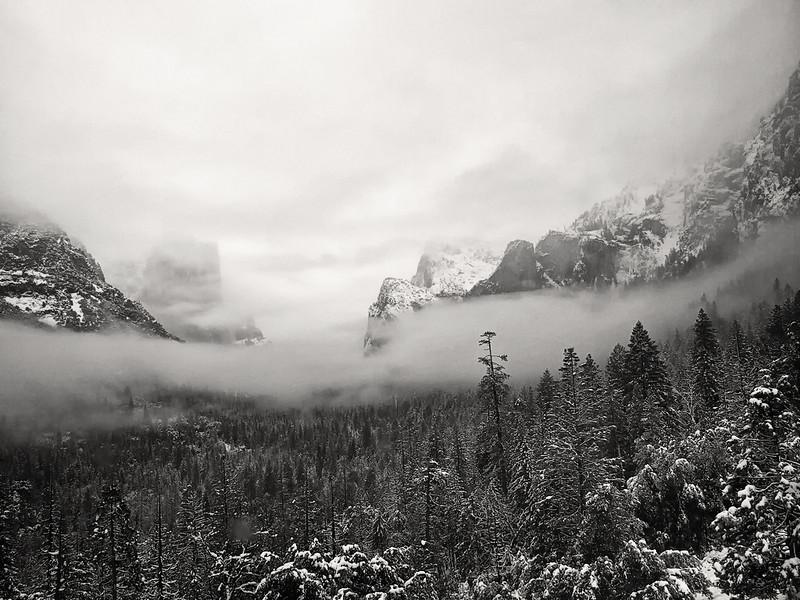 Yosemite. Tunnel view.