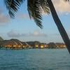 Bungalows sur pilotis à Bora Bora - Motu Tevairoa - Polynésie Française
