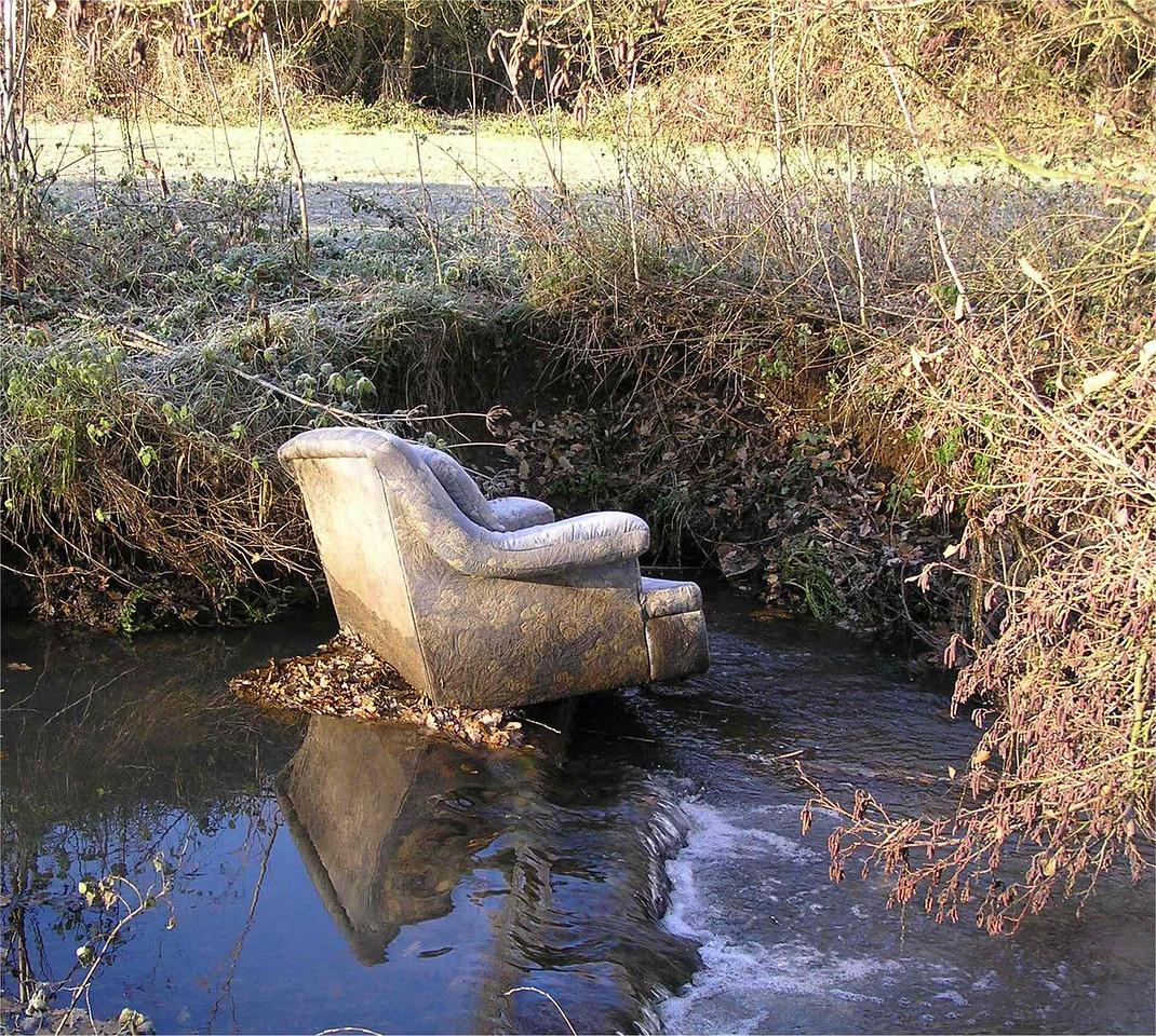 wokingham_sofa_Dec2005