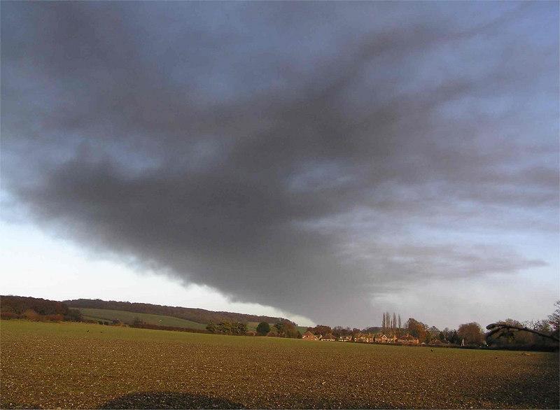 hemelfire_fromMarlow_Dec12_2005