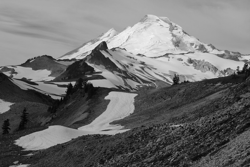 Mount Baker calls from the trailhead!