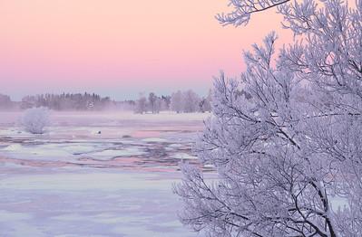 Dalalven river in Gysinge at sunrise