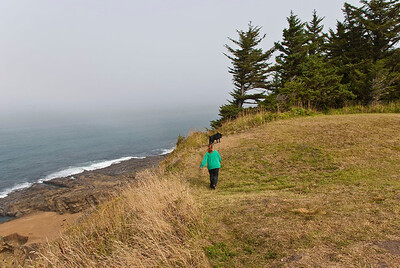 A stroll on the cliffs above the ocean at Cape Arago.