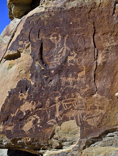 UT-NMC2017.10.7am11.53#402- Petroglyphs. Nine Mile Canyon Utah.