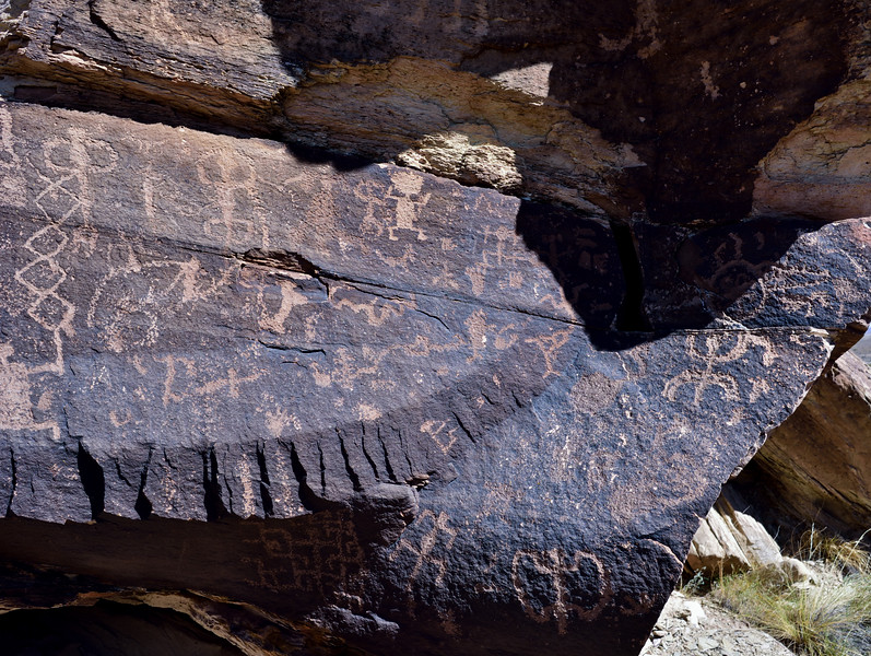 AZ-PFNP2017.10.11#964- Petroglyphs. Near Puerco Pueblo, Petrified Forest Nat. Park Arizona.