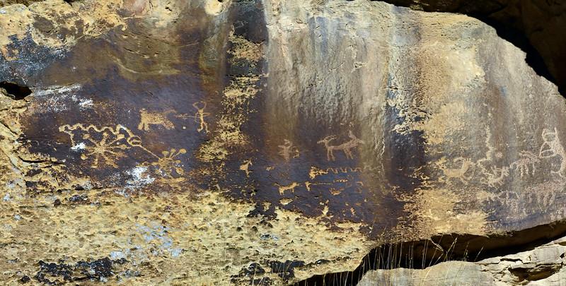 UT-NMC2017.10.7pm1.19#384- Petroglyphs. Nine Mile Canyon Utah.