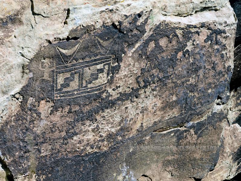 AZ-PFNP2017.10.11#1082-Petroglyphs. Petrified Forest Nat. Park Arizona.