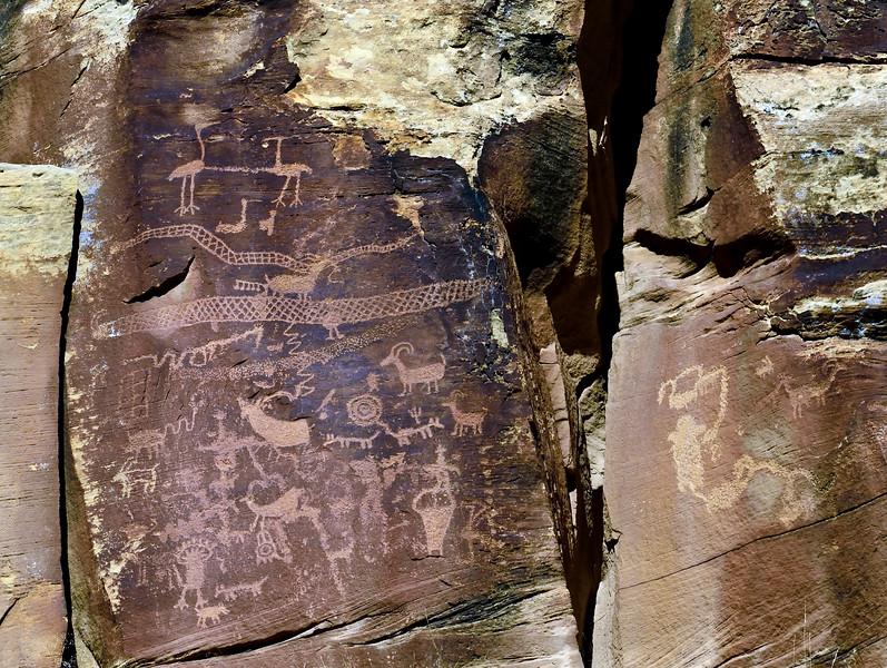 UT-NMC2017.10.7pm1.21#386- Petroglyphs. Nine Mile Canyon Utah.