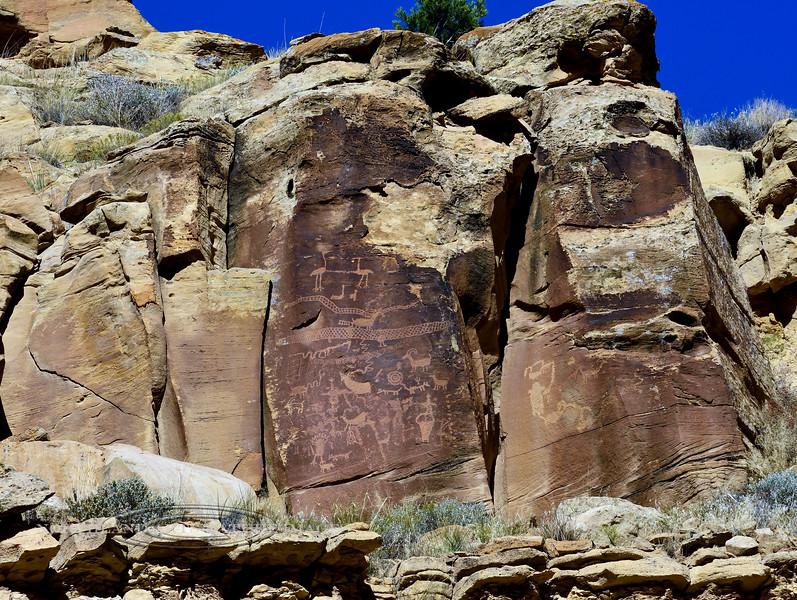 UT-NMC2017.10.7pm1.20#385- Petroglyphs. Nine Mile Canyon Utah.