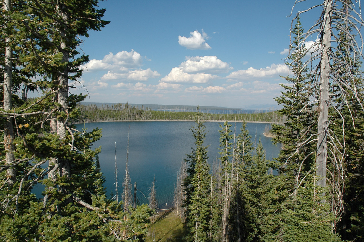 Yellowstone Lake, West Thumb crater